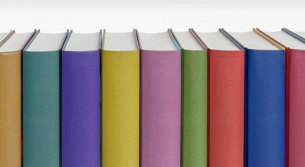 books-1099067_1280