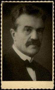Kansanrunoudentutkija, professori Kaarle Krohn.