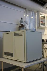 Carbon-nitrogen analyser