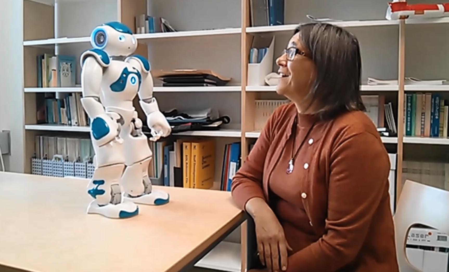 MoroTalk Finnish news-reading robot