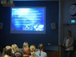 Paulina Ranta presenting SEA LIFE. Photo by Tellervo Härkki.
