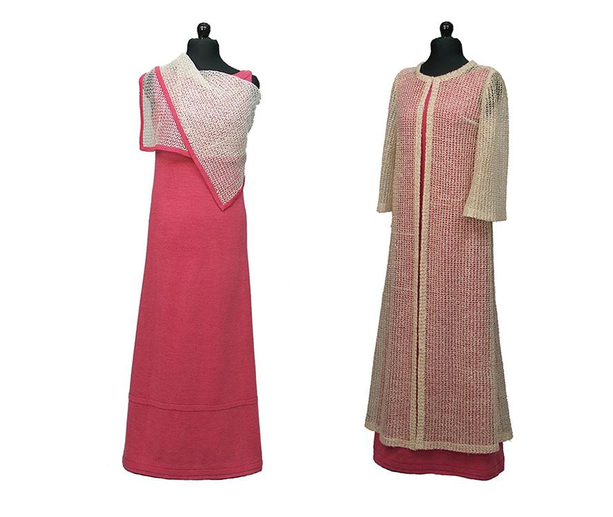 Röd aftonklänning med sjal och samma klänningen med en lång, genomsynlig kappa.