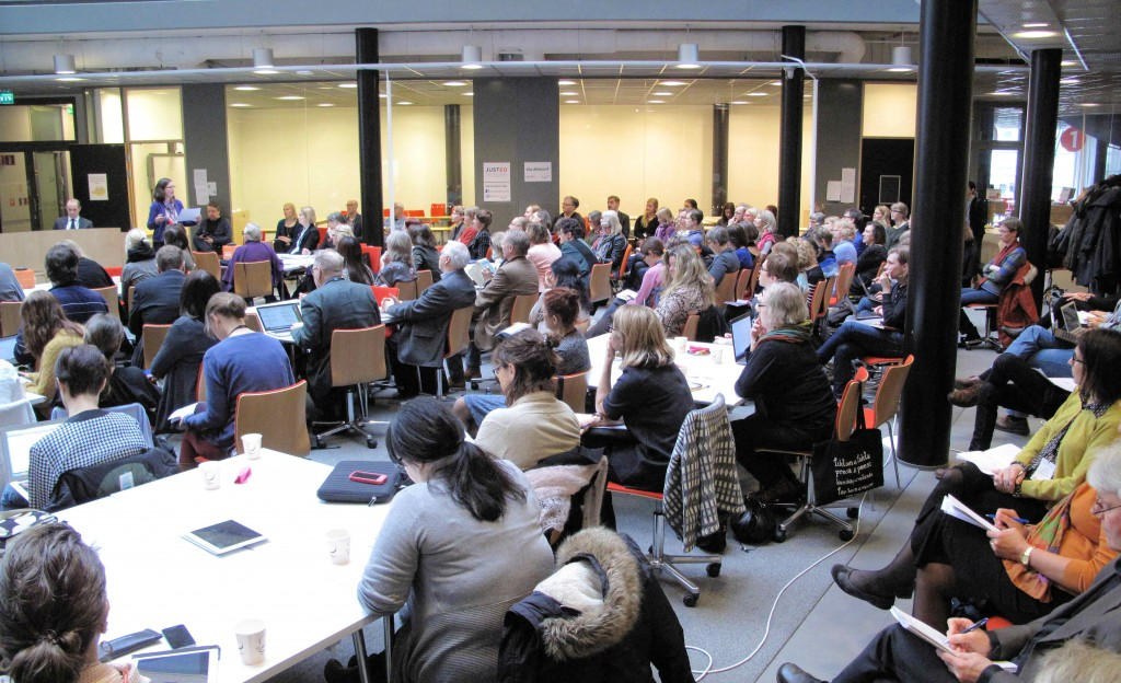 The house was filled with 150 researchers, students, policy makers and other professionals during the discussion.