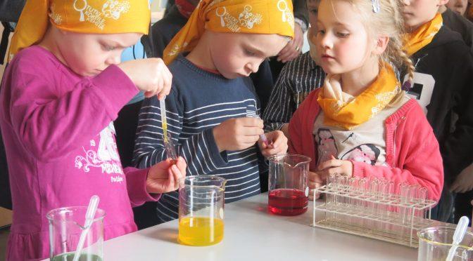 Jenni Vartiainen väittelee pienten lasten luonnontieteiden opiskelun edistämisestä