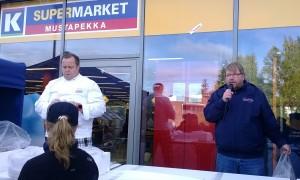 Petri Ollila ja Olli Karvonen Mustapekan kalapäivässä