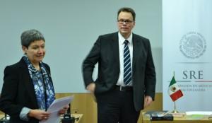 H.E. Ambassor Norma Pensado and Chief Librarian Dr. Kimmo Tuominen