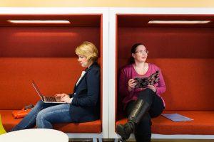 Kirjasto neuvottelee sopimukset digitaalisista opiskelumateriaaleista