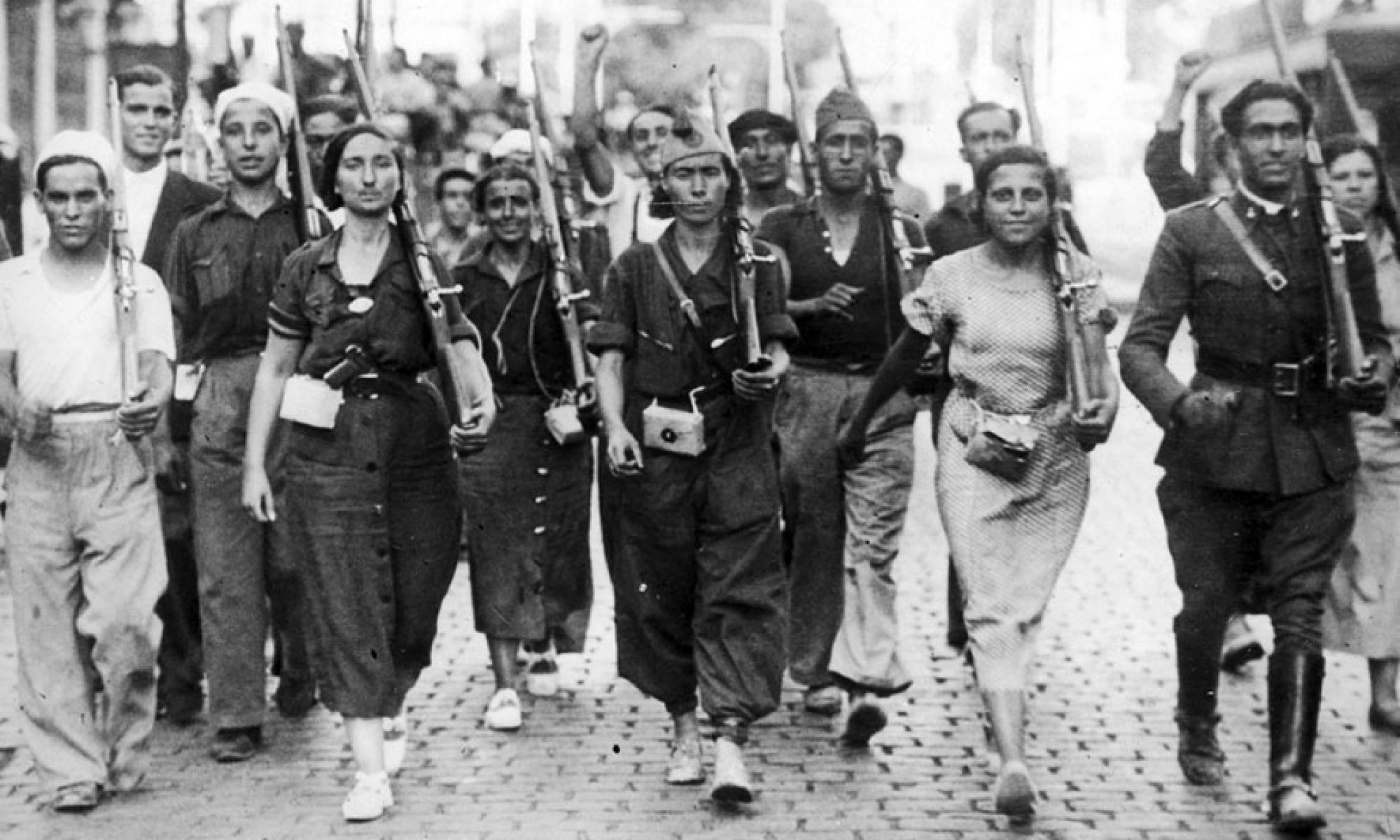 La guerra civil y el franquismo en la novela española contemporánea