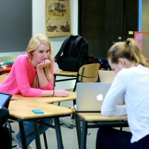Anna Applebye, 18, pohdiskeli valtiotieteiden ja kauppakorkean välillä.