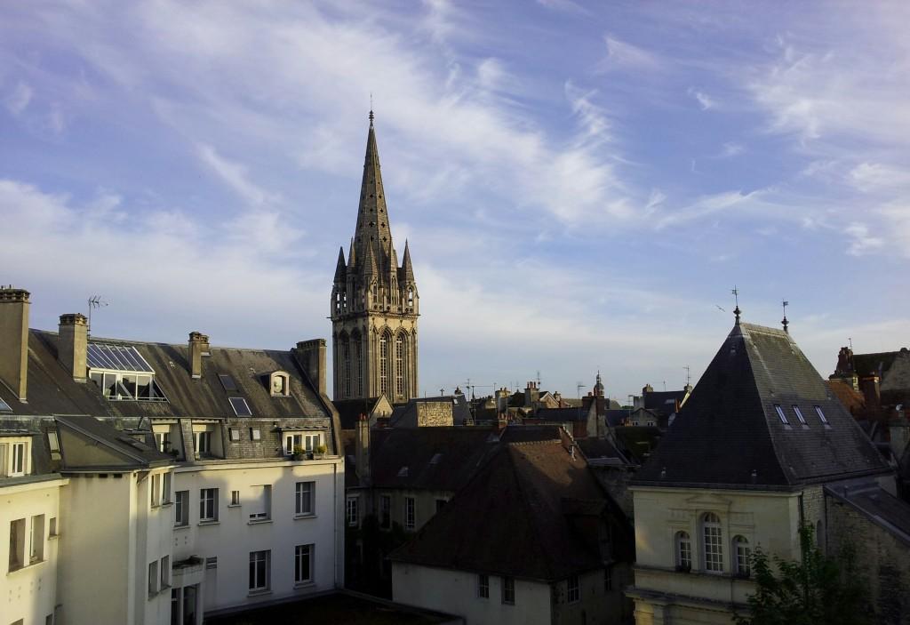 Tällaista maisemaa katsellen oli mukava aloittaa konferenssipäivät Caenissa.
