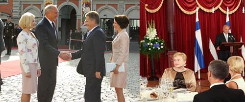 Vasemmalla Lativan ja Suomen presidenttiparit, oikealla Helena Johansson selin puhetta pitävään Latvian presidenttiin. Kuvat: Presiden kanslia.