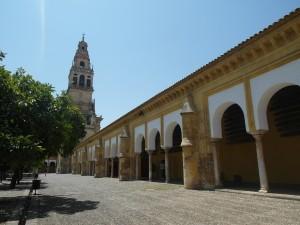 Mezquita torni minareetti