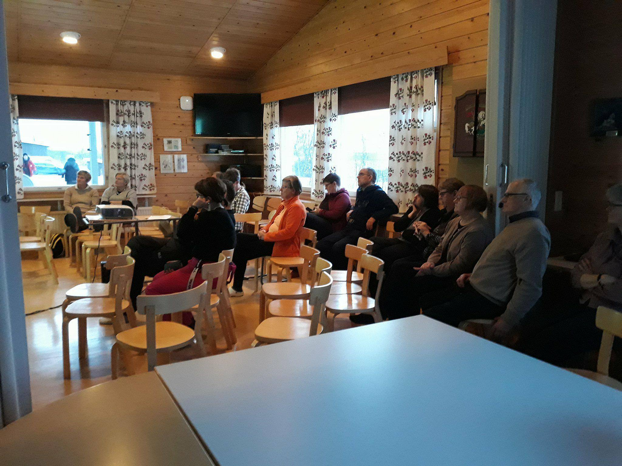 Apublic lecture at Kilpisjärvi Biological Station
