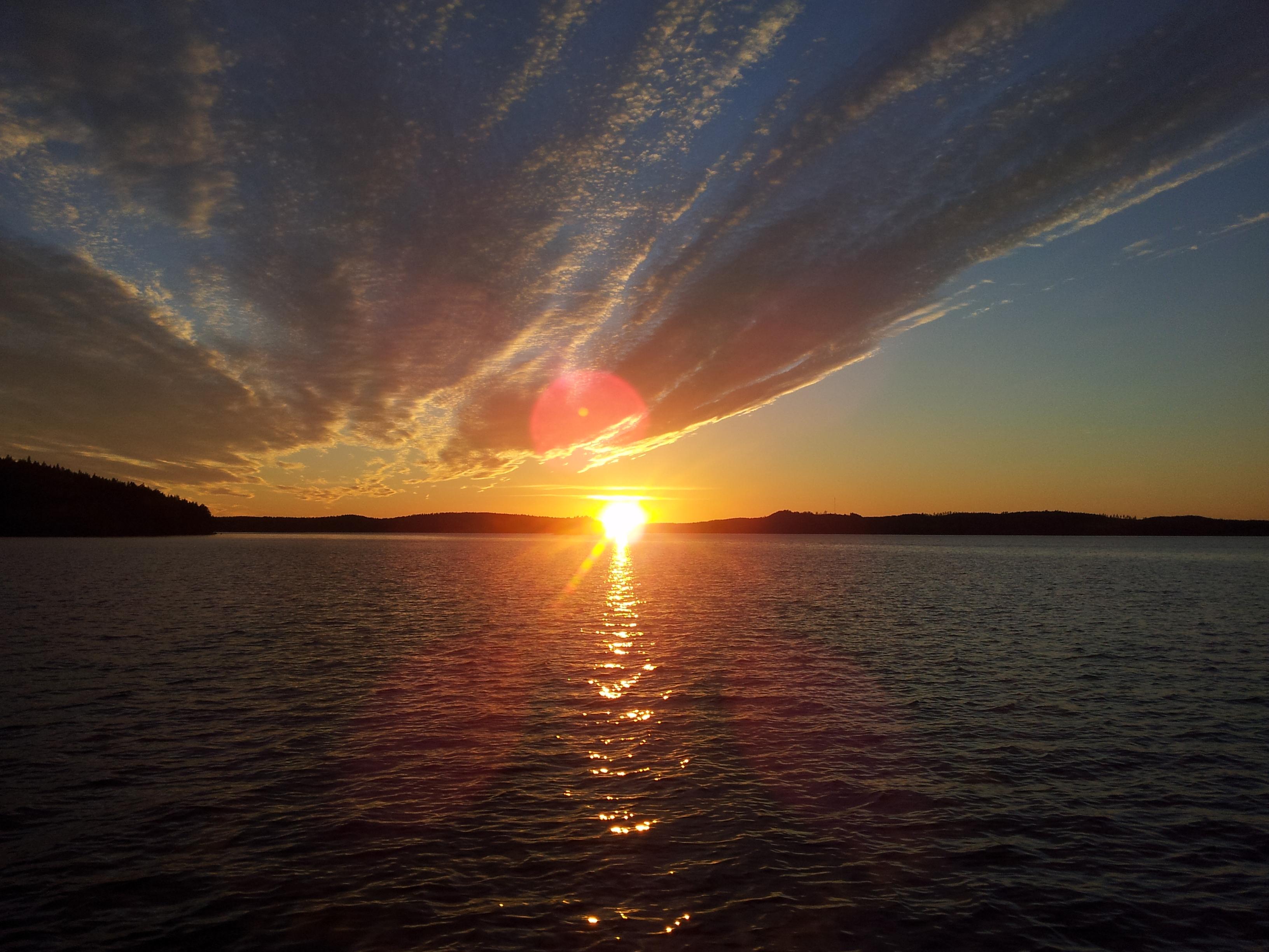 auringonlasku_jarvella