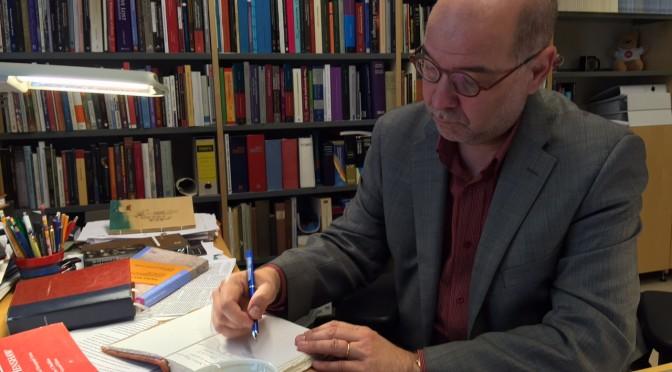 """Martti Nissisen haastattelu: """"Mitä poliittisempi agenda, sitä tarkoitushakuisempi Raamatun luenta"""""""