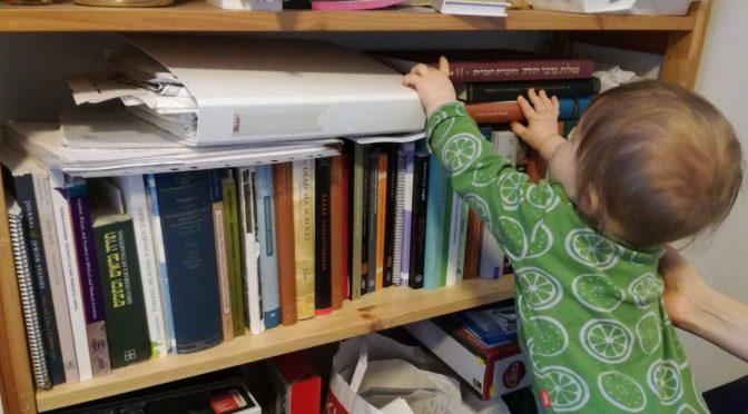 Vauvoja ja väitöskirjoja