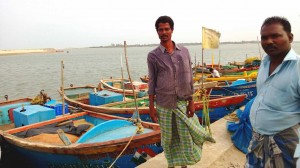 Kalastajia Tamil Nadun rannikolla
