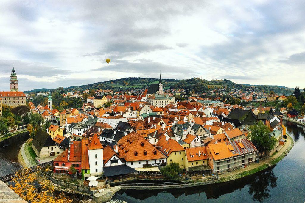 Český Krumlov, kaupunki Tsekeissä jonne opiskelijajärjestö Student Zone teki viikonloppu reissun.